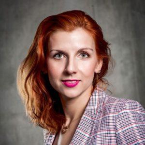 DR JUSTYNA POKOJSKA