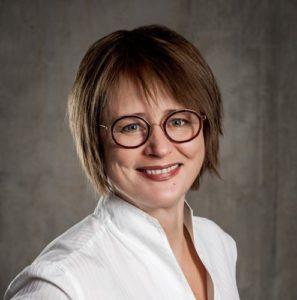 DR HAB. KATARZYNA ŚLEDZIEWSKA, PROF.UW